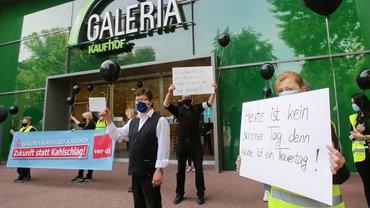 Protest wegen der angekündigten Schließungen bei Galeria Karstadt Kaufhof