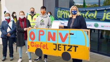 Die Mitglieder des Verkehrsbündnisses trafen sich vor der Verkehrsministerkonferenz mit der saarländischen Verkehrsministerin Anke Rehlinger, SPD