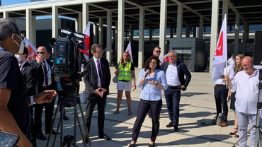 Lufthansa-Technik am BER: ver.di-Protestaktion gegen drohenden Personalabbau